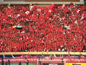 800px-Urawa_Reds_vs._Gamba_Osaka,_January_1,_2007